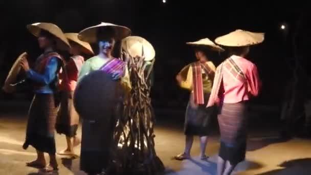 Thai straw hat dance
