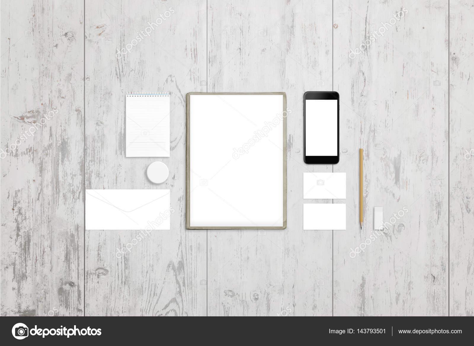 Nettoyer papier tampon enveloppe badge carte de visite et écran