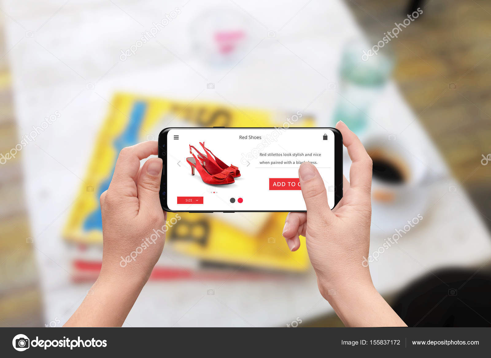 9f45bac57 Mulher comprar online sapatos vermelhos de telefone inteligente. Site loja  responsivo com Adicionar botão de carrinho — Fotografia por ...