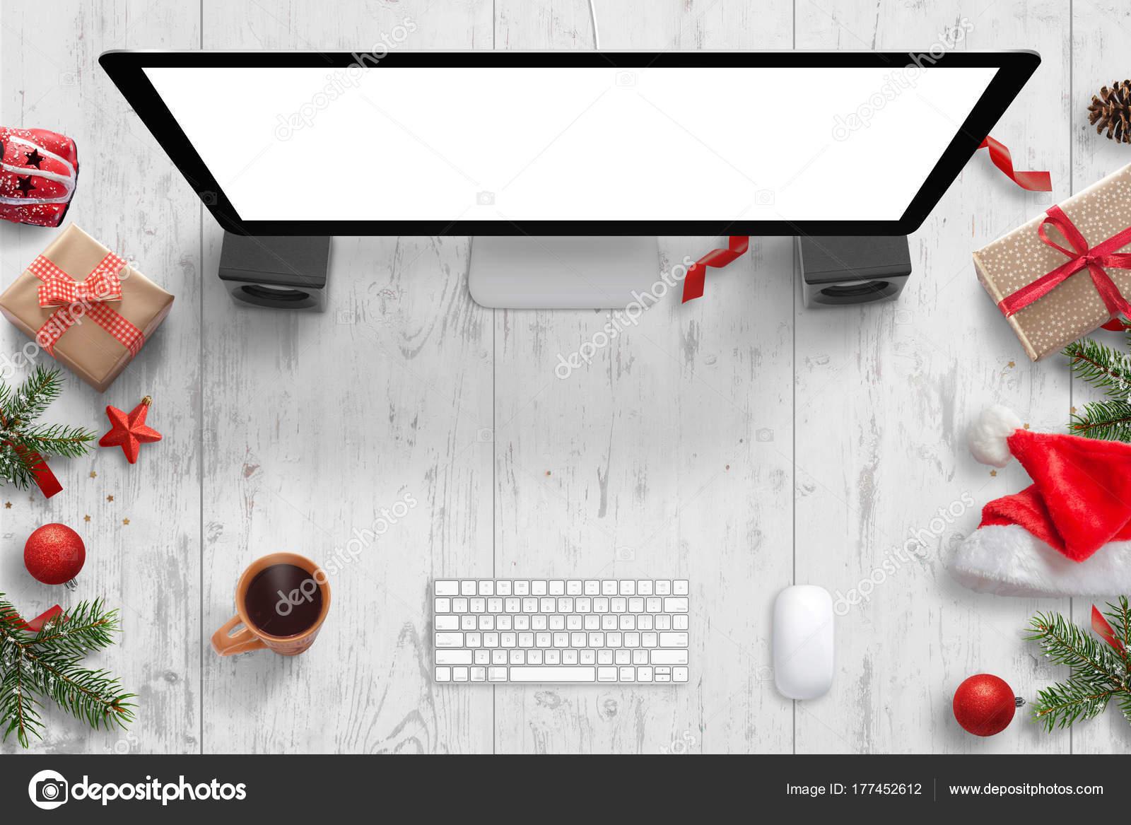 Weihnachtsszene Mit Computer Display Mit Isolierten Bildschirm Mock ...