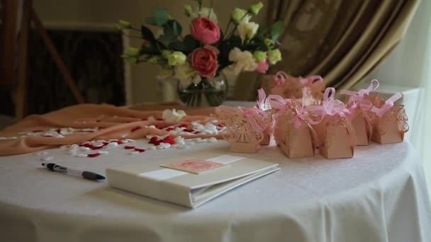 svatební stůl události