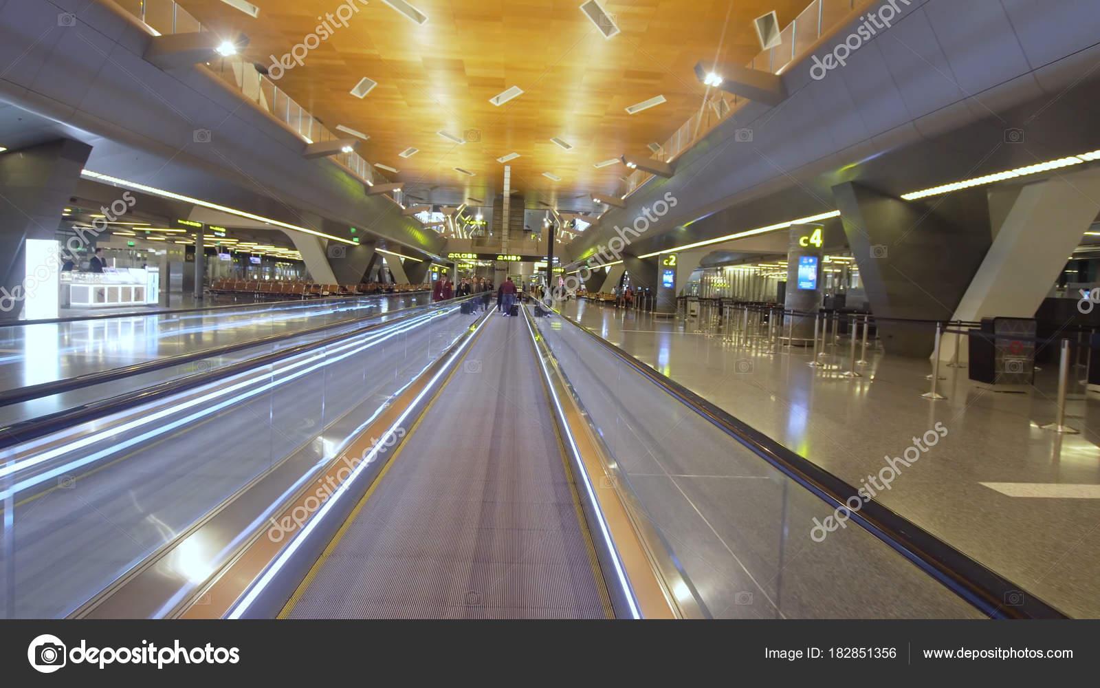 Aeroporto Hamad : Aeroporto internacional de doha qatar — stock photo