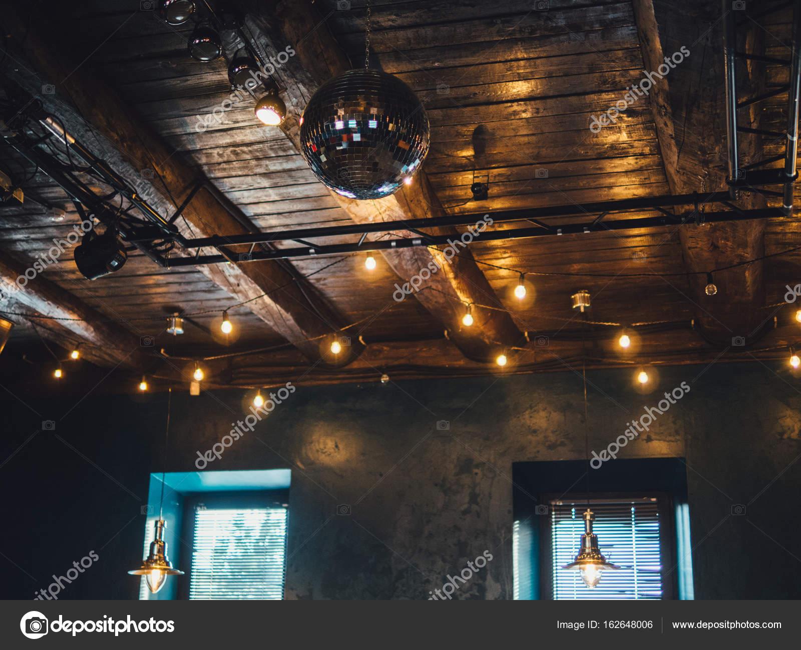 Лофт ночной клуб спортивные клубы зебра в москве
