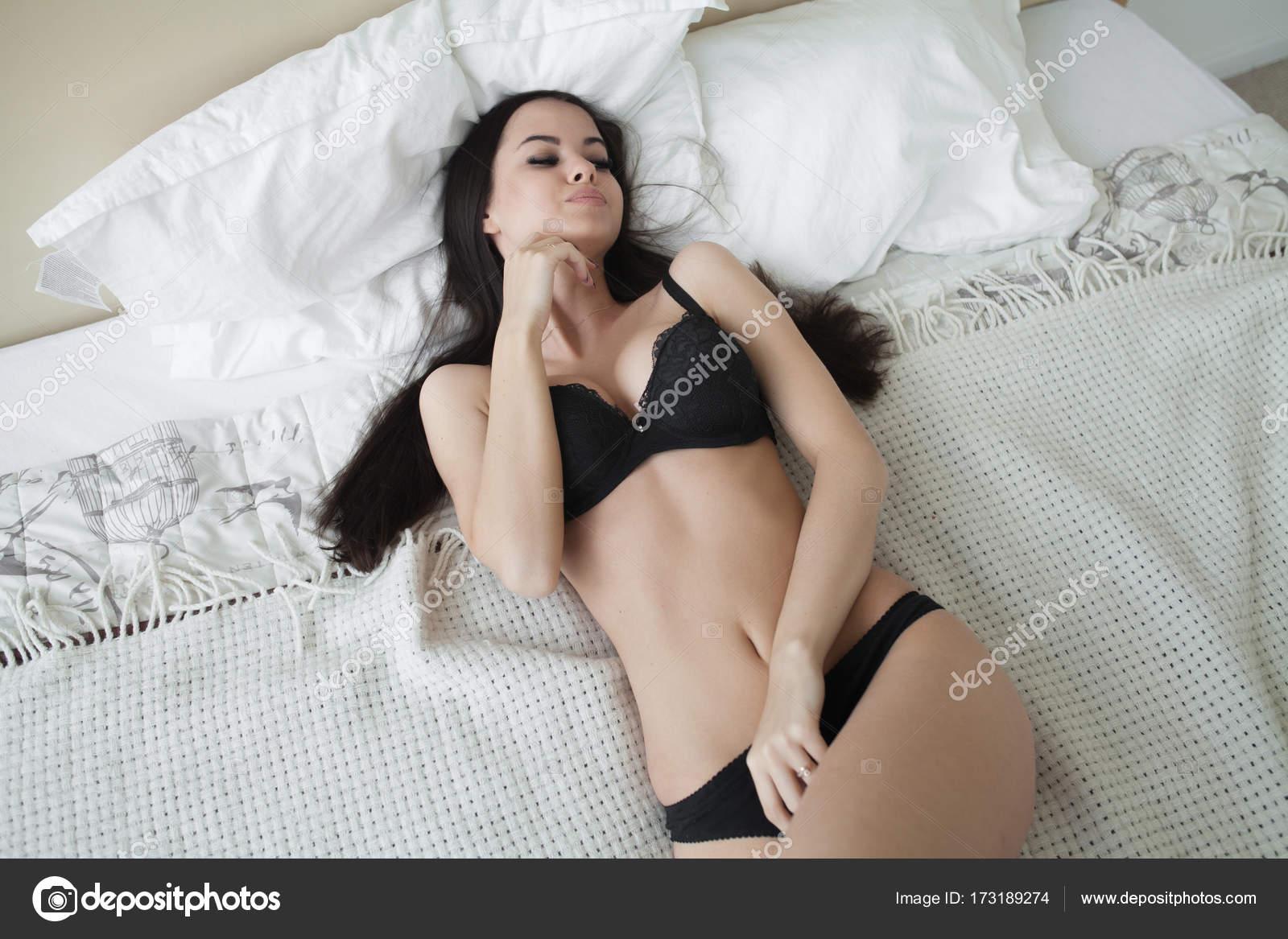 dospívající lesbické kreslené porno