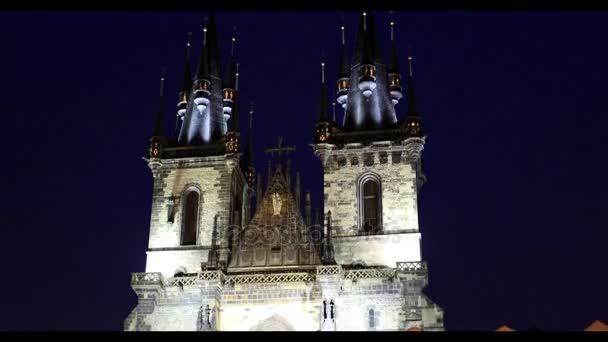 Kostel Panny Marie před věží