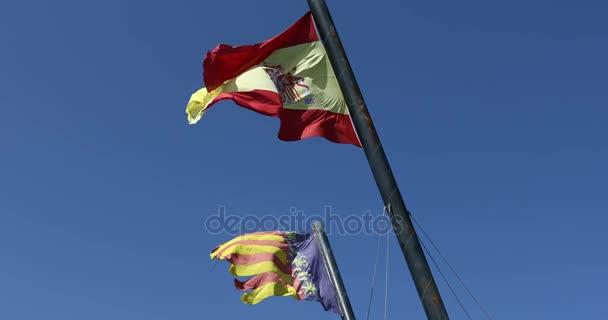Spanyolország és Valencia zászlók