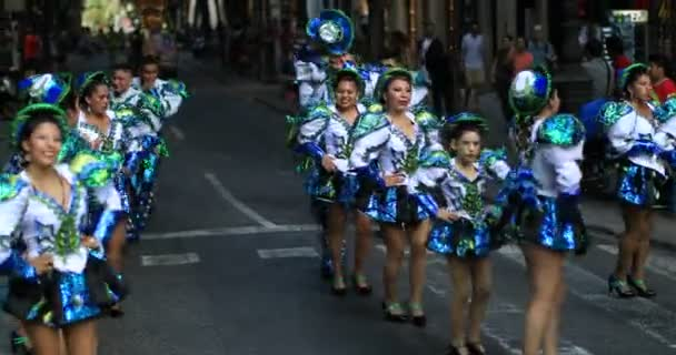4 k bolíviai karnevál 33