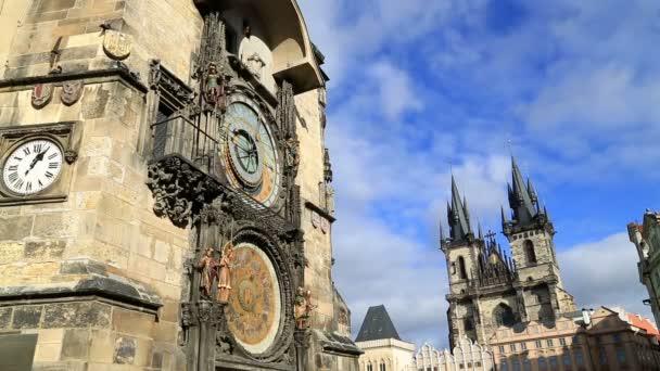 Orloj a Staroměstského náměstí v Praze 3