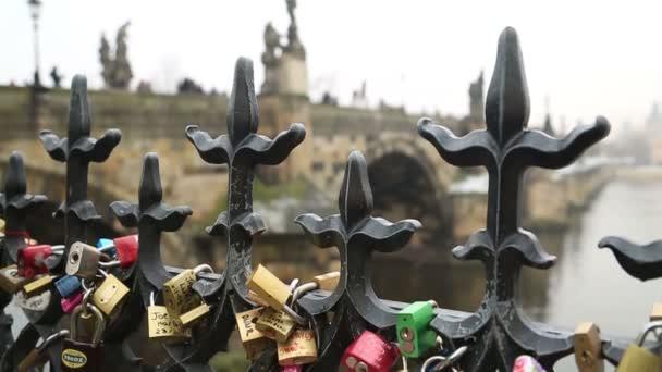 Láska zámky Karlův most