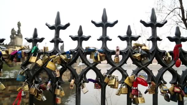 Zámky lásky na Pražský most