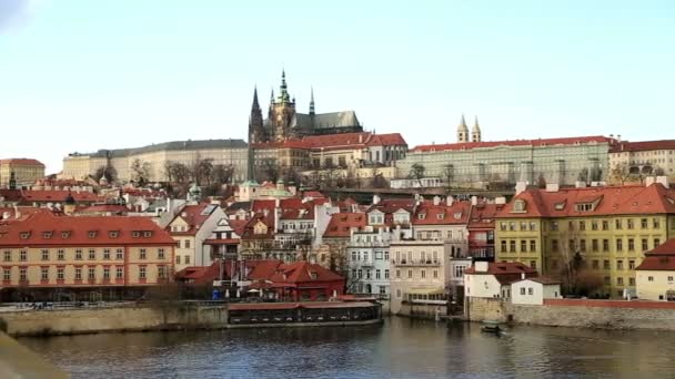 Malebný pohled na historické centrum Prahy 3