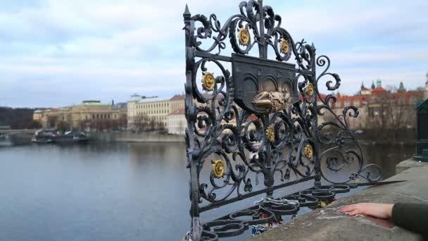 Jana Nepomuckého na Karlově mostě 4 St