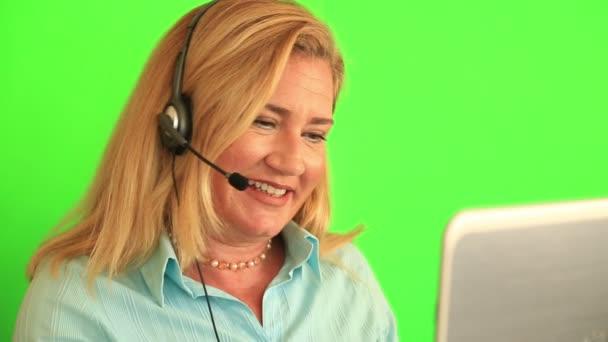 Zákaznické služby a call centra operátor 7