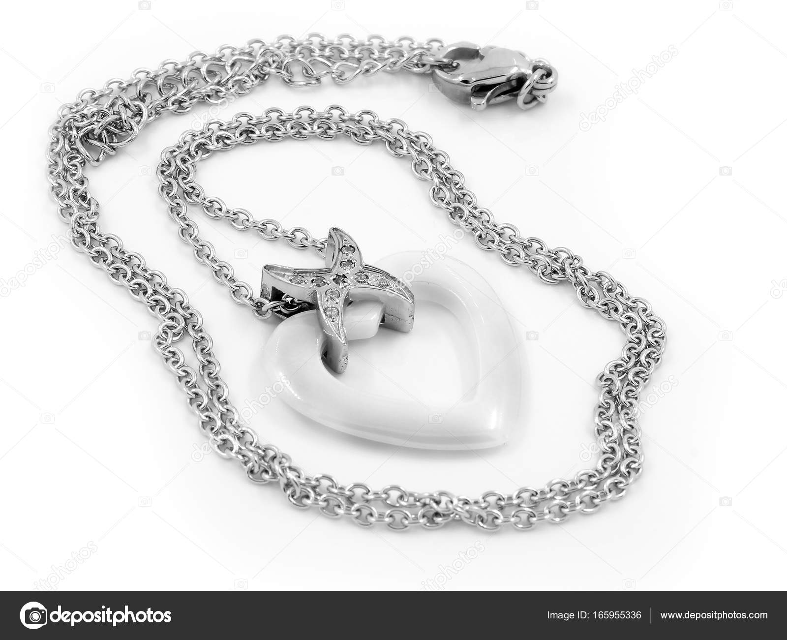 a1a3177c2 Náhrdelník - šperky pro ženy - jedna barva pozadí — Fotografie od ...
