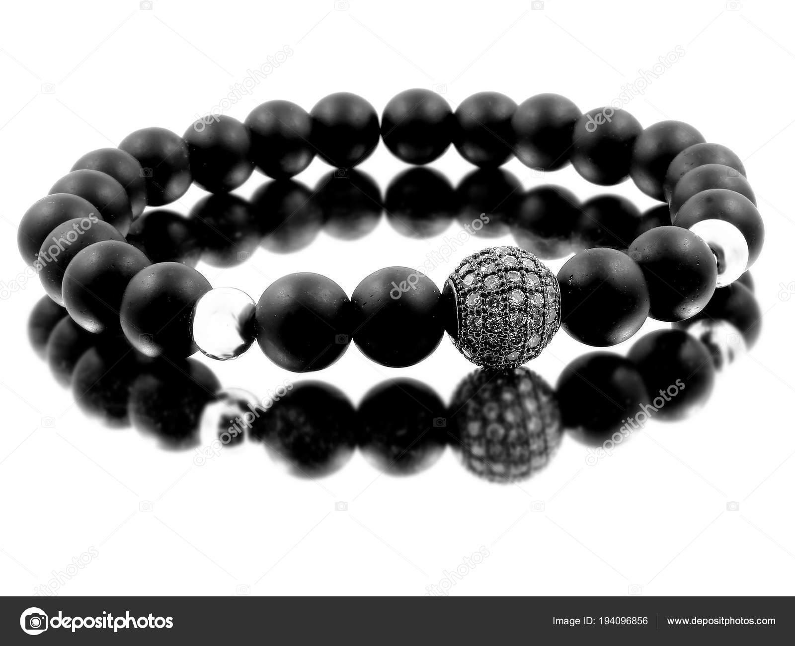 2cae35443d89 Pulsera de la joyería para hombres - Lava bolas de Bijouterie — Fotos de  Stock