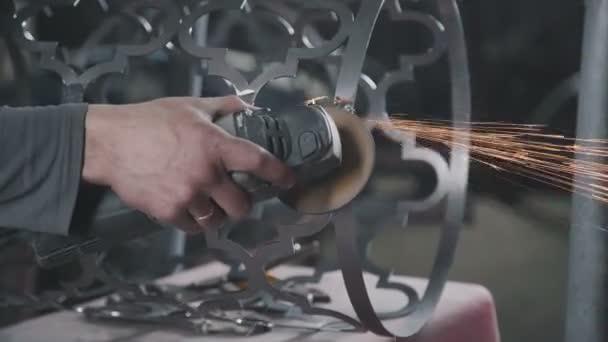 kommerzielle Metallarbeiten