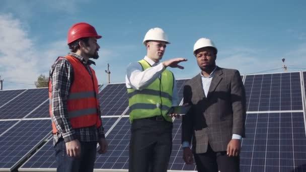 Hovořit o solární energii.