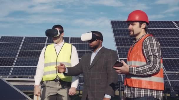 vr Brille und Solarenergie.