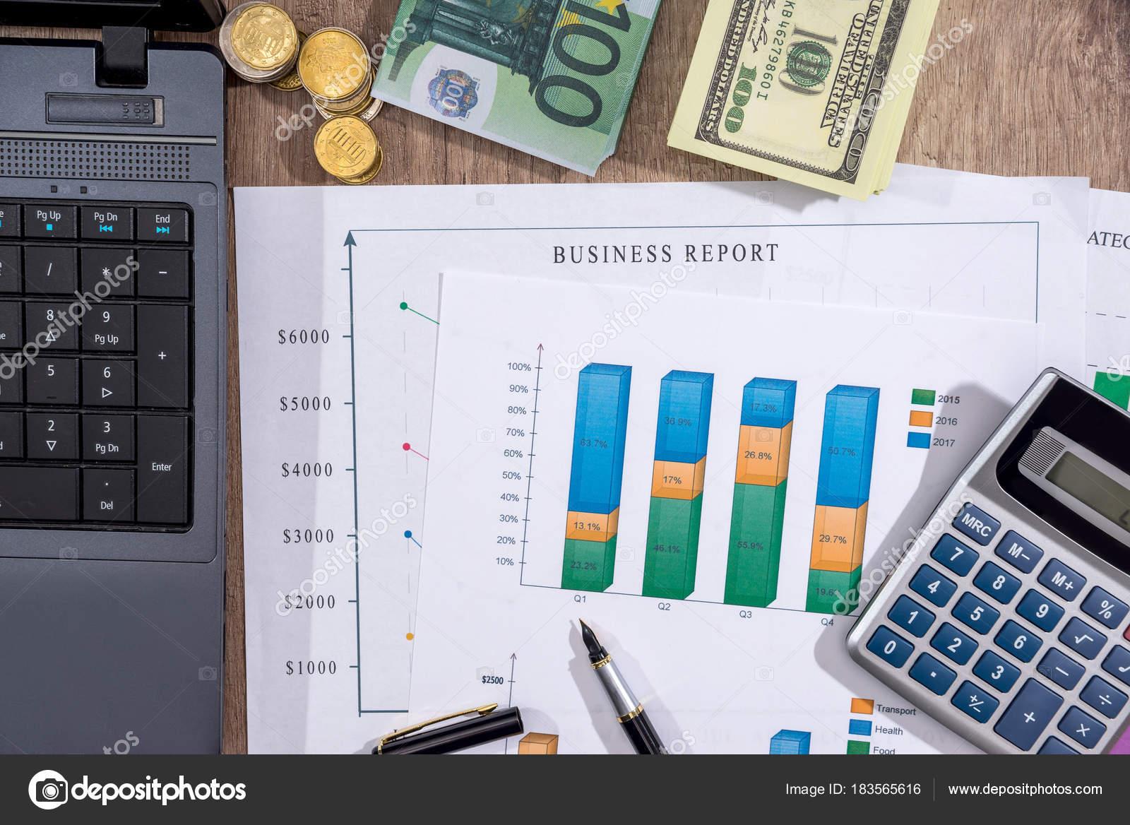 Finanzkonzept Business Grafik Euro Dollar Und Rechner Auf