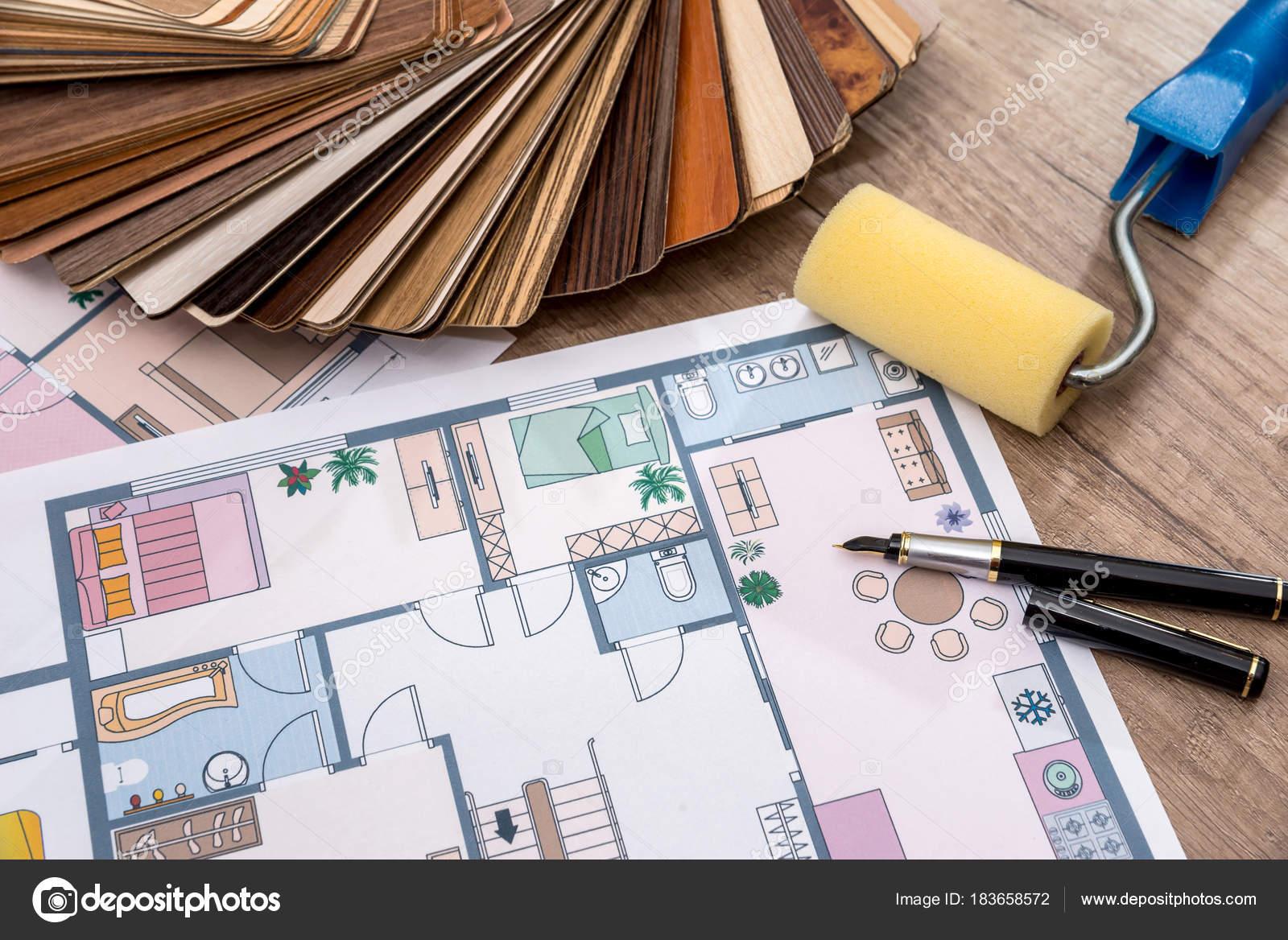 Architektonische Gestaltung Des Hauses Mit Werkzeuge Und Möbel ...