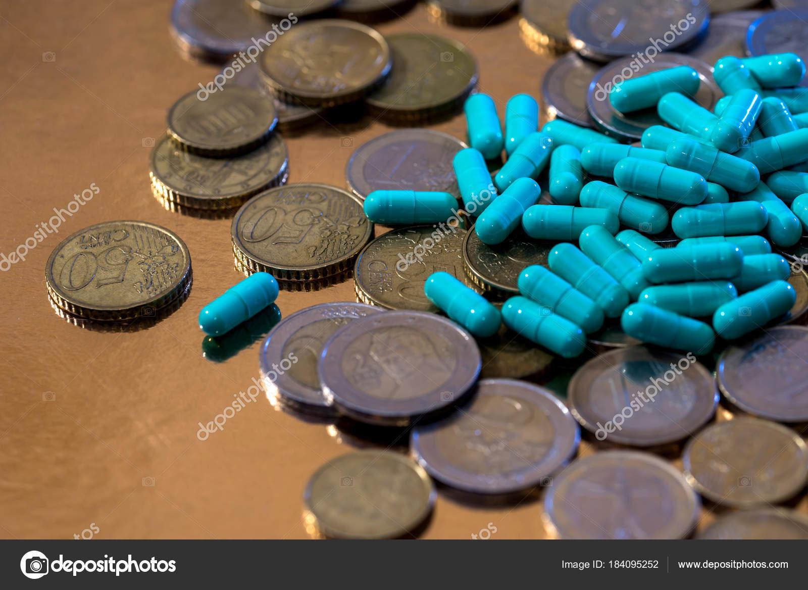 Euro Münzen Und Pillen Kapseln Stockfoto Alfexe 184095252
