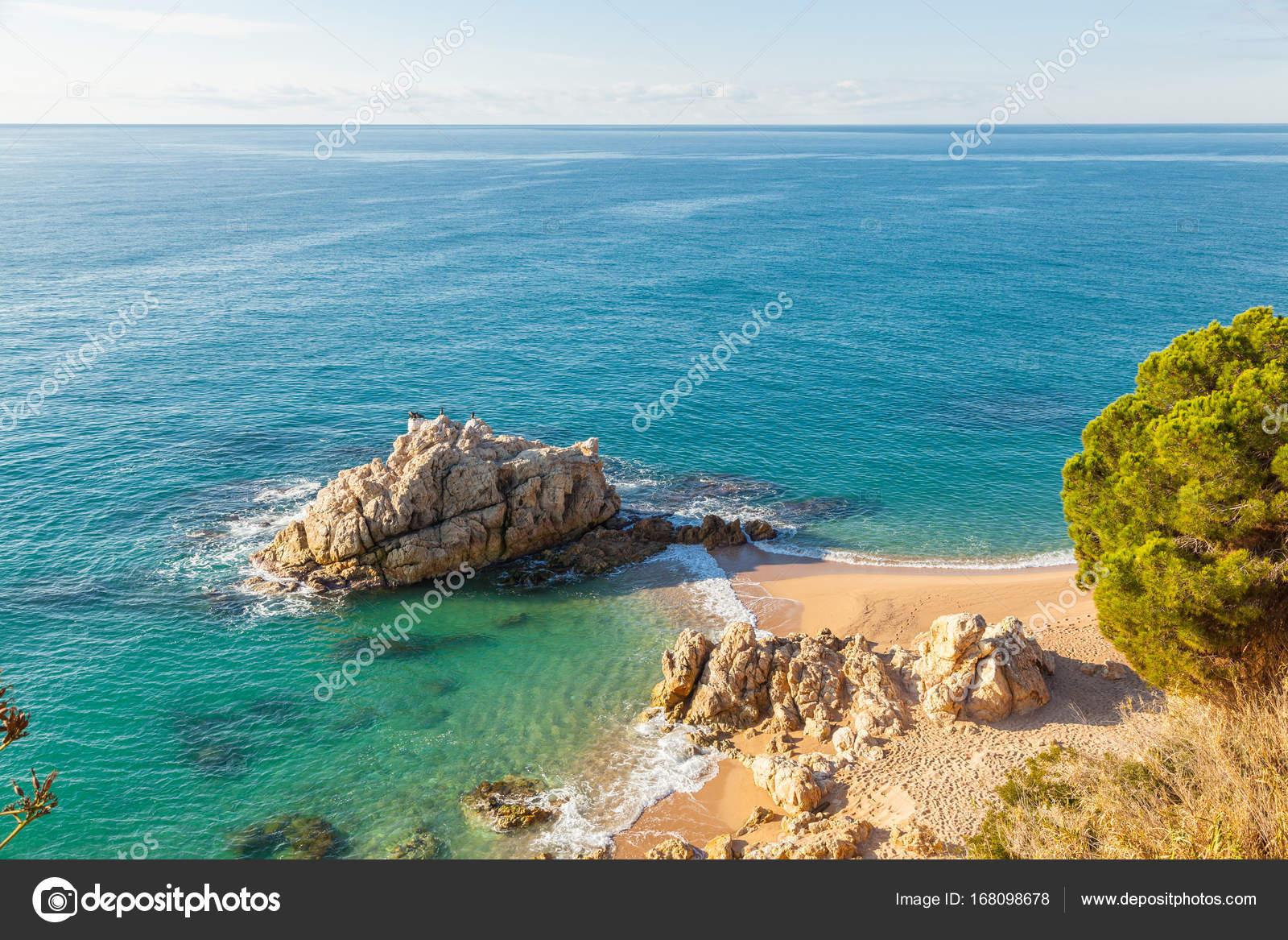 nackt am strand in spanien