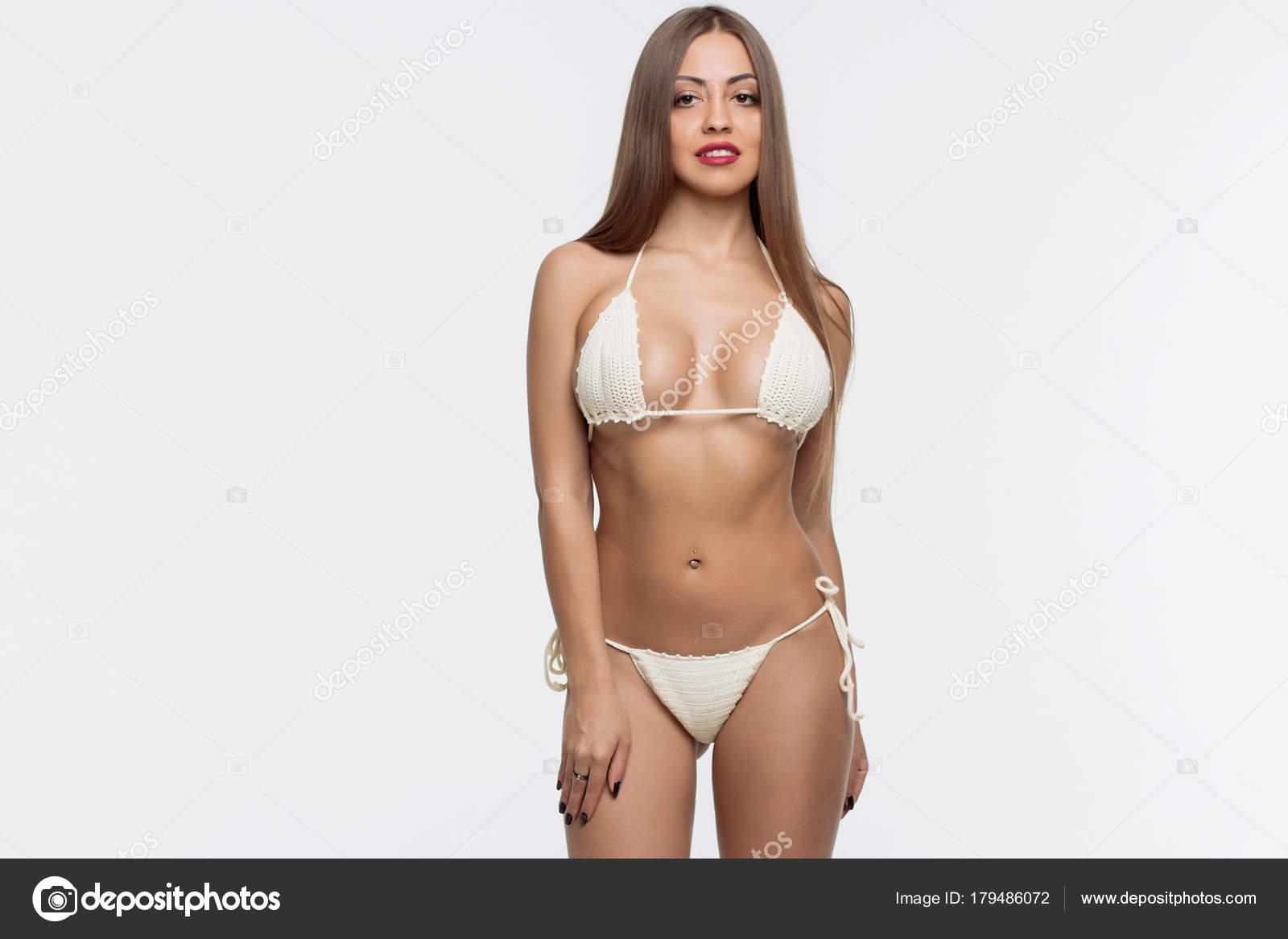 junges sexy girl zeigt sich nackt