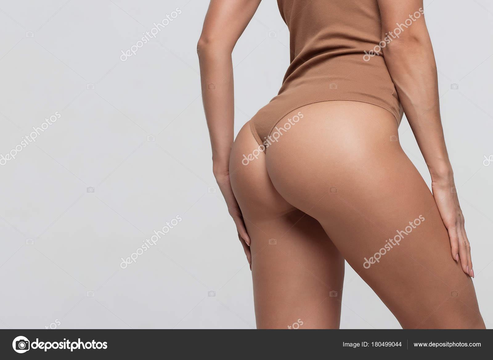 Женские попки в высоком разрешении, лесби один
