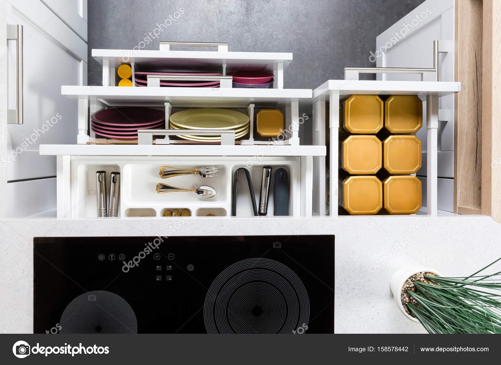 Gavetas De Cozinha Moderna Organizada Stock Photo Myvisuals