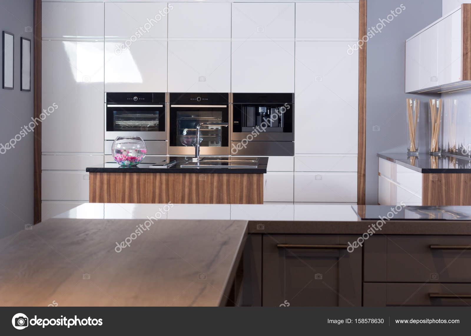 Idee der minimalistische Küche — Stockfoto © Myvisuals #158578630