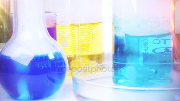 Laboratóriumi felszerelés. Laboratóriumi kísérlet