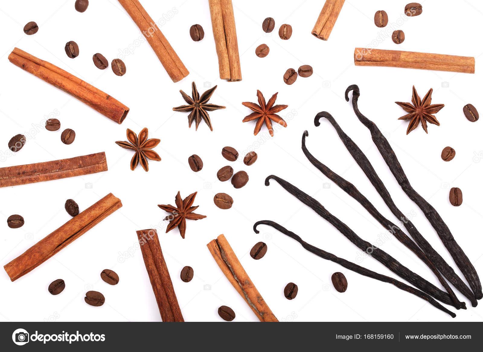 Kaffeebohnen, Vanille Stangen, Zimt und Sternanis isoliert auf ...