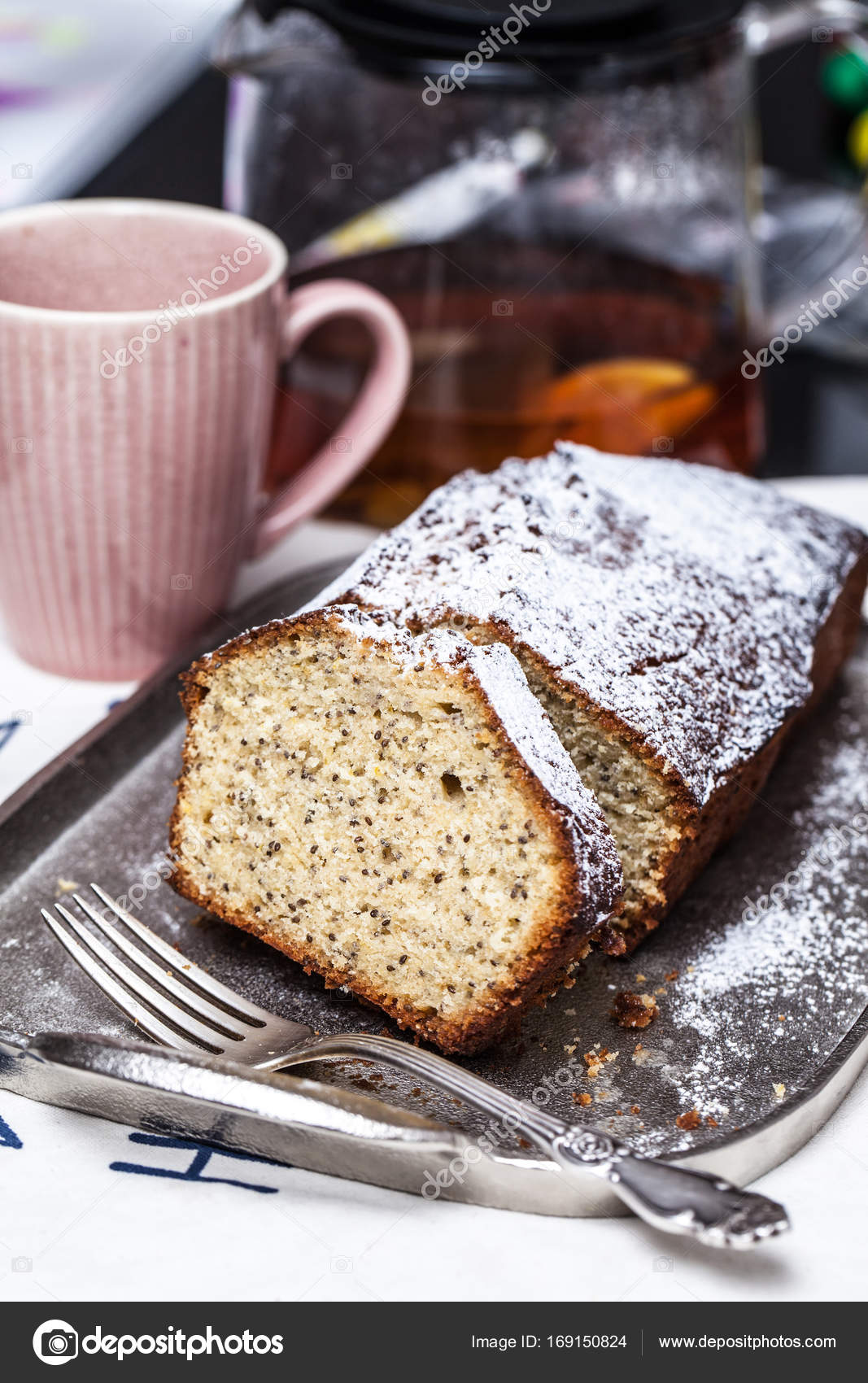 Tee Chia Samen Kuchen Keks Auf Einem Silbernen Tablett Stockfoto