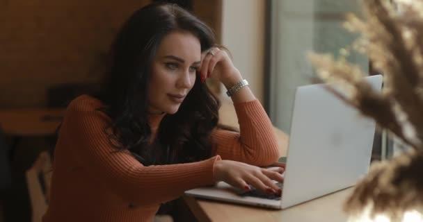 Blogger freelance woman using laptop PC blogging in internet