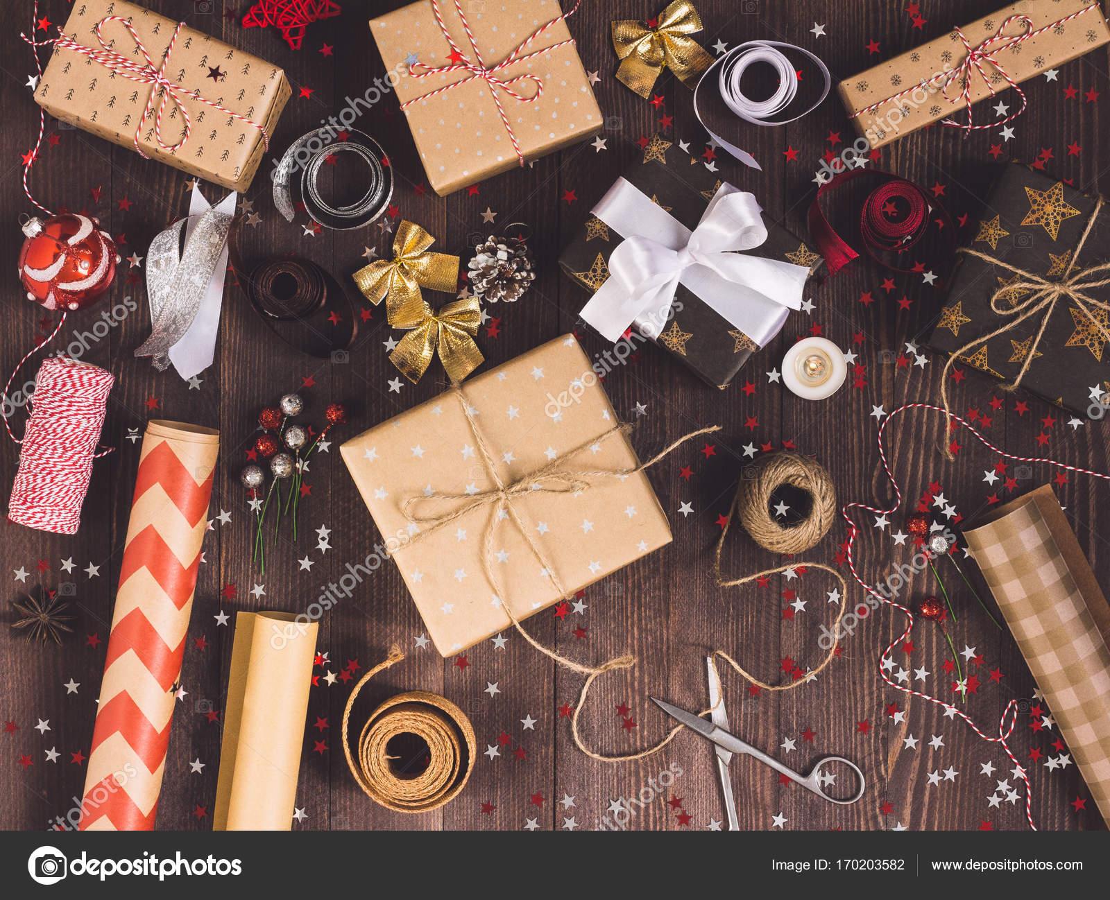 Verpacken Sie Weihnachten Geschenk Neujahr Weihnachten Verpackung ...