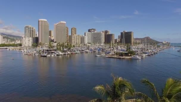 Anténa Waikiki Hawaii Ala Wai trajektový přístav