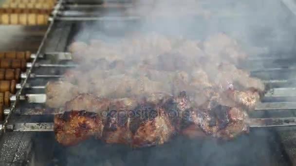 Főzés shish kebab marha hús, grill