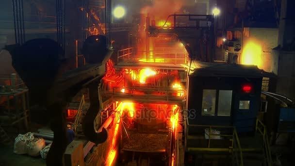 Industria del metal, fundición de acero, producción de acero — Vídeo ...