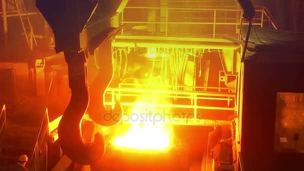 Industria del metal, fundición de acero, producción de acero ...