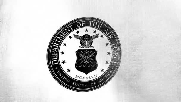 Oddělení letectva Spojených států amerických na bílé vlající vlajce. Bezešvé cgi animace vysoce detailní textura tkaniny v kinematografickém zpomalení v černé a bílé. Vlastenecké 3d pozadí země symbol nebo vládní koncept.