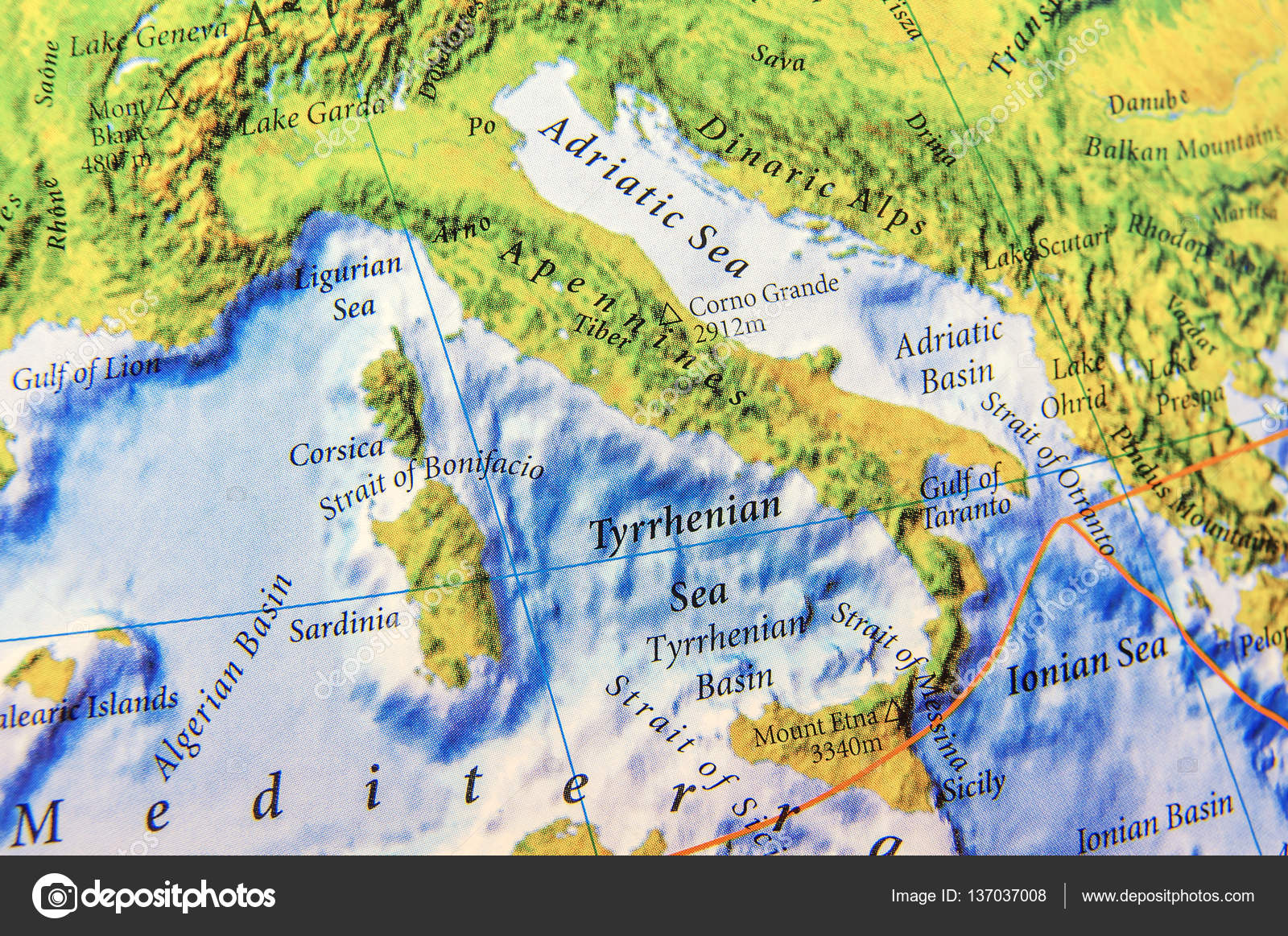 Geographic map part of Europe of Apennines close — Stock ...
