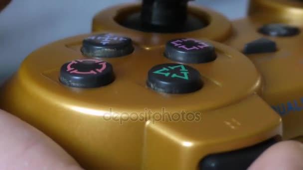 Pákový ovladač pro herní konzole