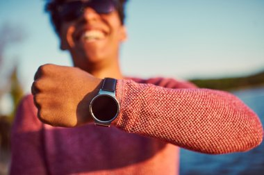 Guy wearing trendy smart watch