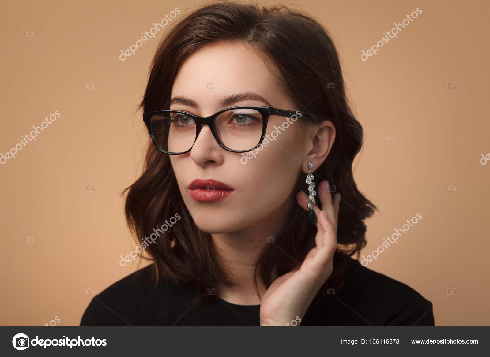 e3e206b25df055 Zeker mooi model bril — Stockfoto © kegfire  166116878