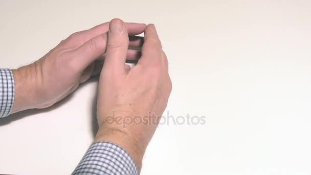ketyeg az ujjak