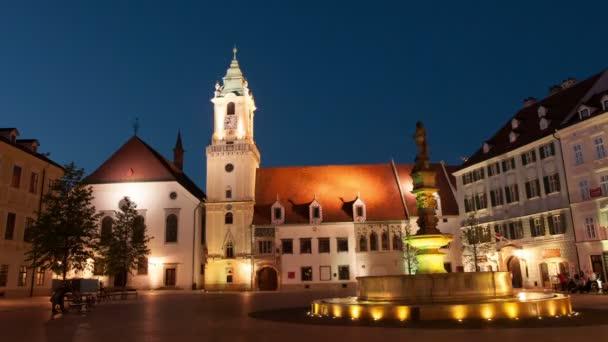 Hlavn nmestie náměstí v Bratislavě