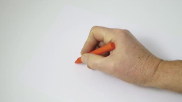 barevný Klikyháky na bílém listu papíru