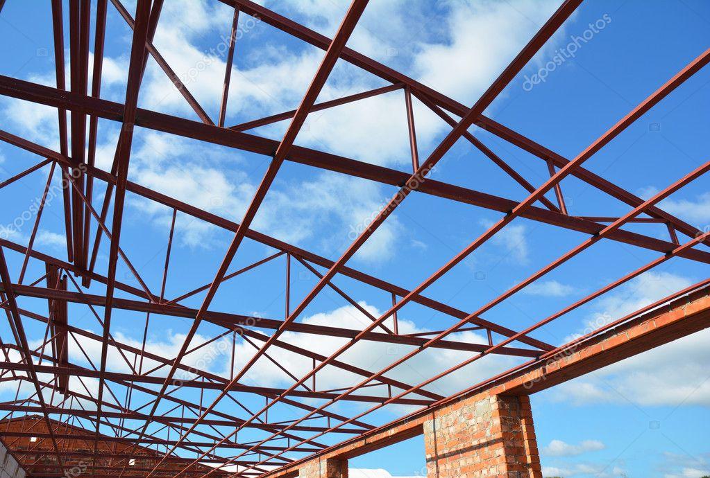 Cerchas de acero. Construcción de techos. Construcción de casa de ...