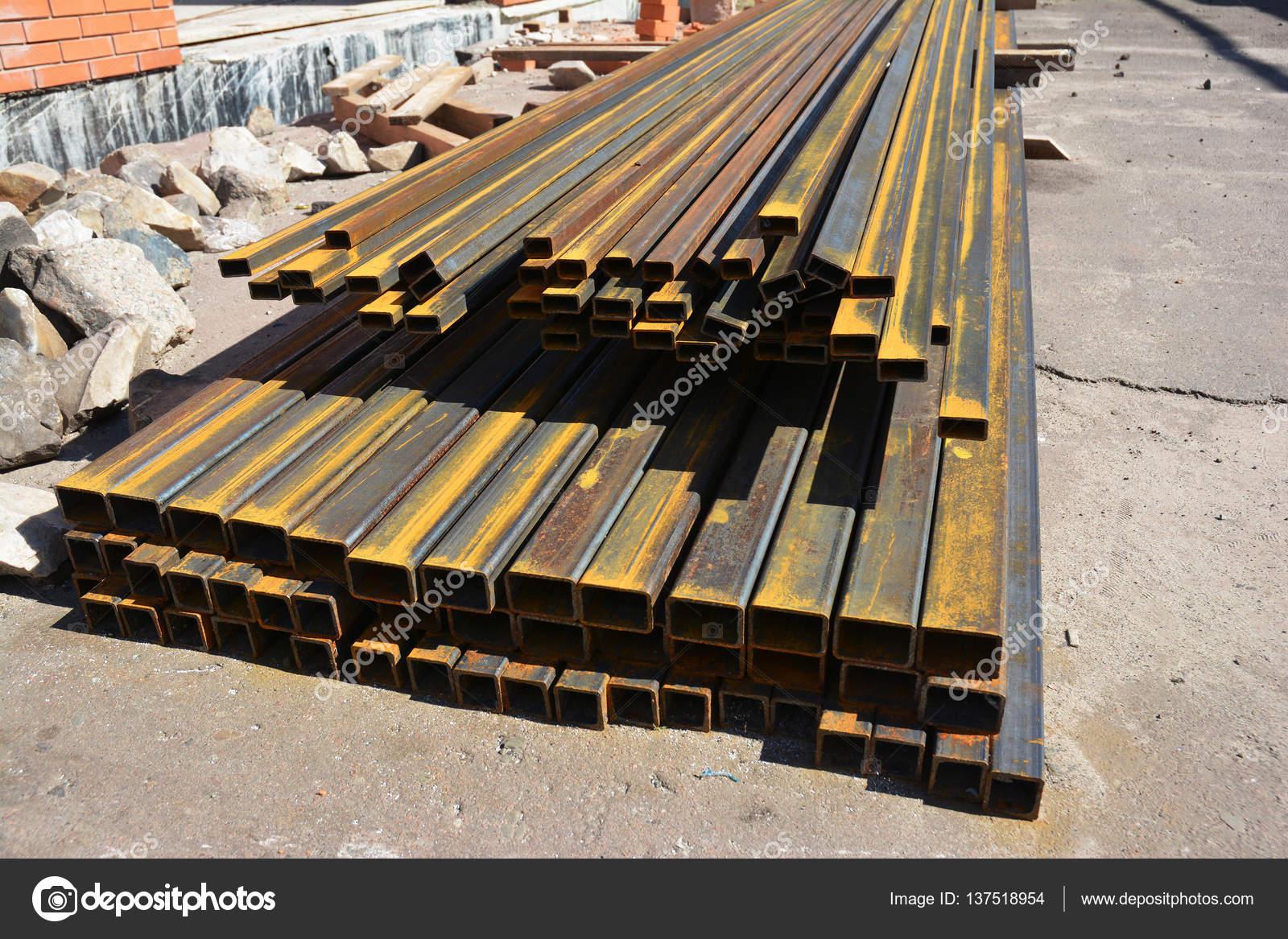 Manojo de canal de acero inoxidable en lugar de la construcción de ...