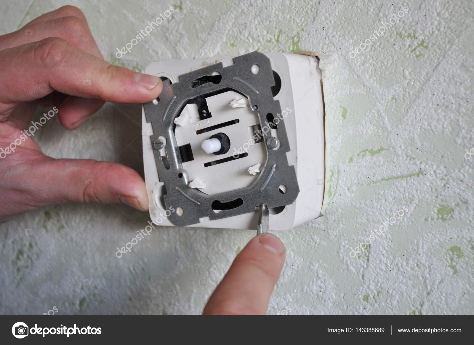 Dimmer light switch installation. How to Replace a Light Switch with ...